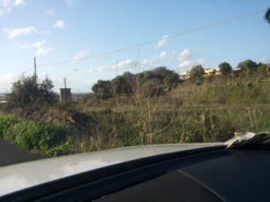 Cod: 4415 – Vendesi terreno agricolo su strada a Lentini mq 4300