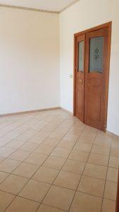 Cod: 12006 -Appartamento a Lentini (Sr)